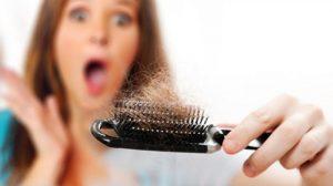 درمان های خانگی و ساده برای جلوگیری از ریزش مو در زنان و مردان