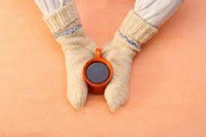 بررسی علل پزشکی سرد شدن دست و پا و روش های درمان آن