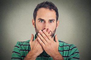 علل به وجود آورنده سکسکه چیست و چگونه می توان آن را درمان کرد