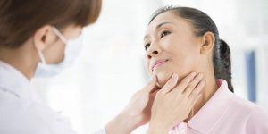 پرکاری تیروئید چیست؟ عوامل ایجاد، روش های تشخیص و راه های درمان آن