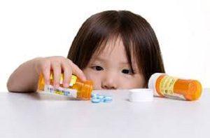 مصرف بیش از حد دارو یا مسمومیت دارویی چیست و چه اقدامی باید صورت بگیرد؟