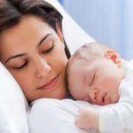 راهکارهای طبیعی و مناسب برای افزایش شیر مادر ؛ این خوراکی ها را حتما امتحان کنید