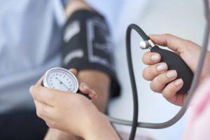خوراکی هایی که باعث کاهش فشار خون می شوند