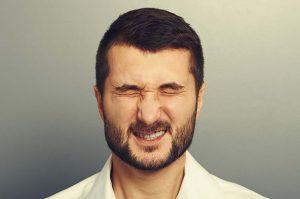 پرش پلک و راه های درمانی آن ؛ چگونه پرش پلک را متوقف کنیم