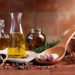 عرقیات گیاهی / شرایط نگهداری از عرقیات و شربت های گیاهی