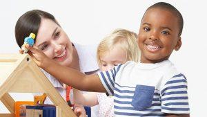 تربیت فرزندان باید در برخورد با مشکلات چگونه باشد ؟