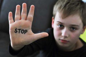 سوء استفاده جنسی در کودکان / راهنمایی والدین برای آموزش روش های مقابله