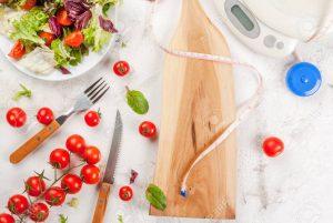 گوجه فرنگی برای کاهش وزن ، چگونه گوجه فرنگی به کاهش وزن کمک می کند؟