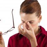 خستگی چشم ، علایم ، علل و راه های درمان خستگی چشم