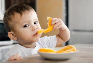 فواید پرتقال برای کودکان / چه زمانی بچه ها می توانند پرتقال را بخورند؟