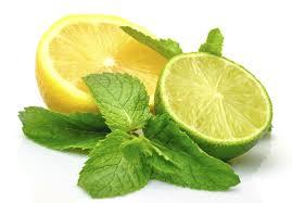 روشن کردن لب ها با لیمو