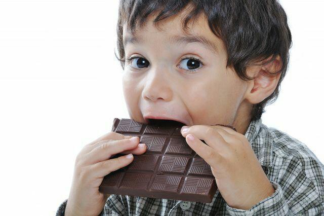 شکلات تیره .