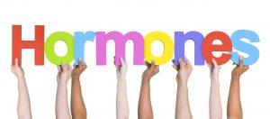 عدم تعادل هورمونی در زنان چیست و چگونه می توانید آن را متعادل کنید؟