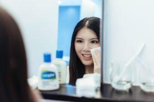 گلیسیرین برای پوست صورت معجزه میکند ( نحوه استفاده  گلیسیرین )