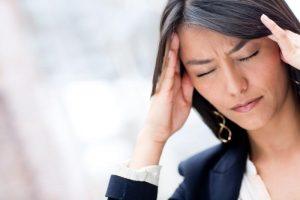 درمان سردرد با استفاده از ۵ نکته شگفت انگیز خانگی