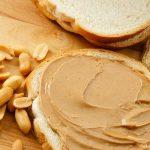 چرا کره بادام زمینی را به برنامه ی غذایی خود بیفزاییم؟ خواص کره بادام زمینی