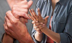 ۱۰ اسانس باور نکردنی برای درمان آرتریت روماتوئید